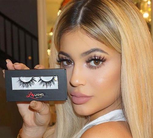 Kylie Jenner, Kardashian, false eyelashes, Lilly Lashes, Shahs of Sunset, worn on tv, celebrity outfits, KUWTK, Instagram