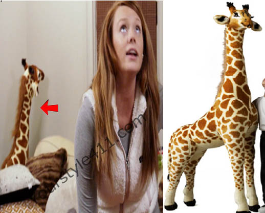 Southern Charm, Kathryn Dennis, Catherine, giraffe, stuffed animal, #southerncharm, #scharm, worn on tv, tv fashion, clothes from tv shows, Southern Charm outfits, bravo, reality tv, season 3