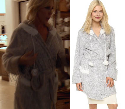 Real Housewives of Orange County, RHOC, Vicki Gunvalson, grey robe, grey pom pom robe, short robe, #RHOC, #RealHousewivesOrangeCounty, Season 11, worn on tv, tv fashion, clothes from tv shows, Real Housewives of Orange County outfits, bravo, reality tv clothes