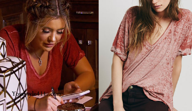 Brielle Biermann, Don't Be Tardy, DBT, Don't Be Tardy fashion, Don't Be Tardy style, #dontbetardy, #goals, steal her style, shop your tv, the take, Brielle Biermann fashion, red tee shirt, v-neck t-shirt, rust tee shirt, v neck t-shirt, keyhole necklace, Brielle Biermann wardrobe, bravotv.com, Season 5, worn on tv, tv fashion, clothes from tv shows, Don't Be Tardy outfits, bravo, reality tv clothes