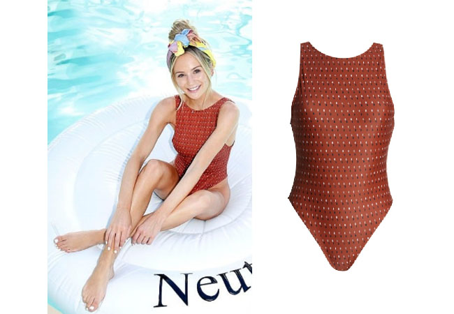 Lauren Bushnell, The Bachelor, The Bachelorette, Coachella, #coachella2019, swimsuit, summerstyle, Stage Coach, Festivals, Something Navy Low Back Swimsuit in Rust, Lauren Bushnell's swimsuit