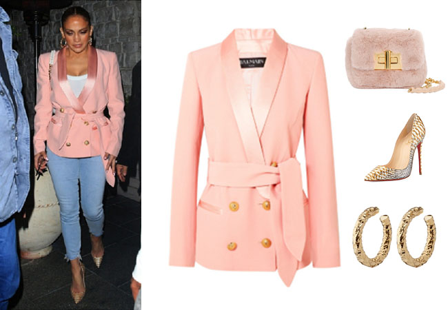 Jennifer Lopez, Jennifer Lopez's outfit, Jennifer Lopez's clothes, JLo, Alex Rodriguez, Balmain Blazer, Tom Ford Faux-Fur Bag, Christian Louboutin gold pumps,
