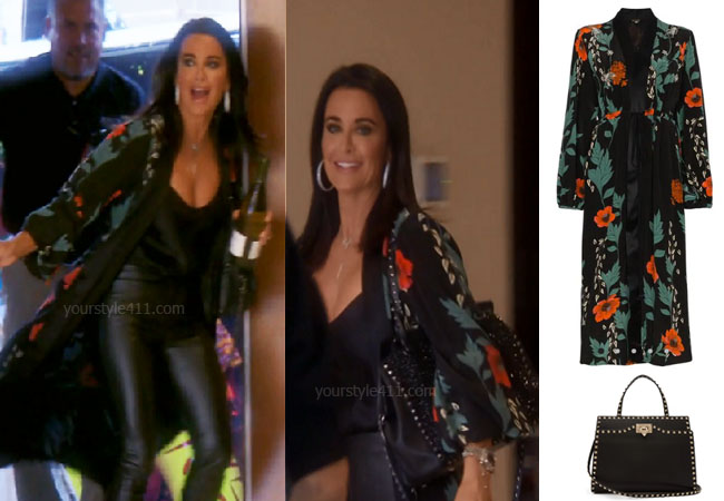 fortnite, Real Housewives of Beverly Hills, RHOBH, Kyle Richards, Season 9, Kyle Richards' outfit, celebrity outfits, reality tv shows, Real Housewives of Beverly Hills outfits, bravo, reality tv clothes, Bravo After Show, Kyle's kimono, Johanna Ortiz Iman kimono, Valentino Rockstud Medium Bag, Game of Thrones, #GOT