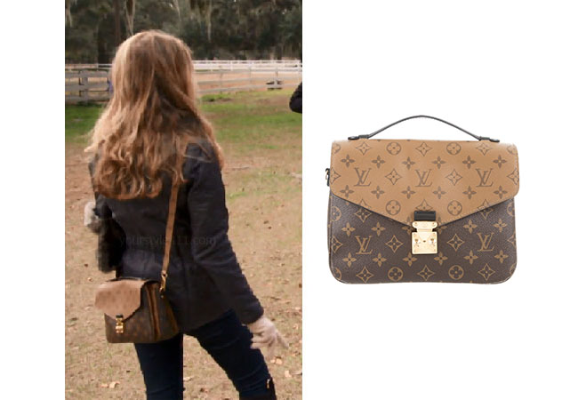 Southern Charm, Bravo TV, Cameran Eubanks, Star Style, fortnite, Game of Thrones, Cameran Eubanks' outfit, Cameran Eubanks clothes, celebrity outfit, ootd, Cameran's crossbody bag, Cameran's louis vuitton bag, Louis Vuitton Monogram Reverse Pochette